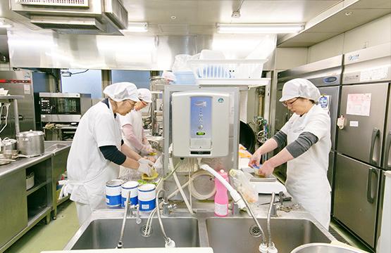 セツルメント診療所分院での給食業務